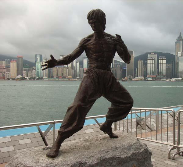 Памятник Брюсу Ли - Гонконг