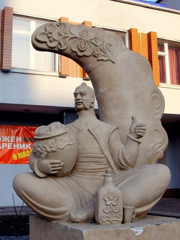 Памятник варенику - Черкассы