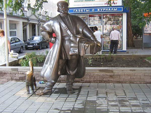 Памятник купцу в Ростове-на-Дону