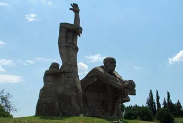Мемориал в Змиевской балке (г. Ростов-на-Дону)