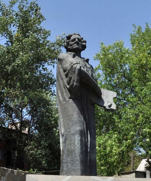 Памятник художнику М. Сарьяну (город Ростов-на-Дону)