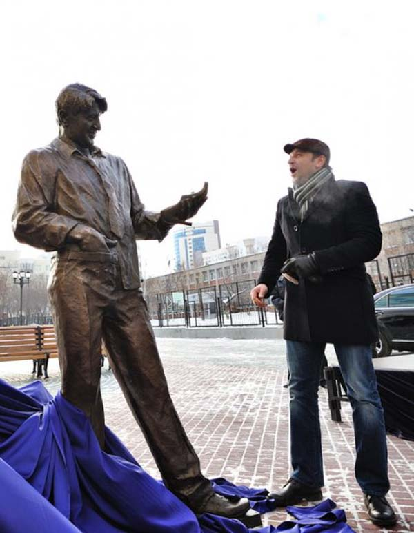 Памятник Гене Букину - Екатеринбург