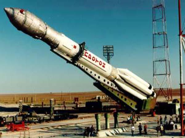 Памятник ракете - Омск