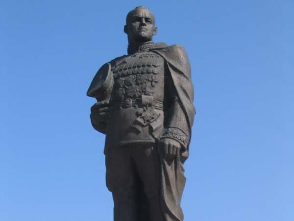 Памятник Жукову Г.К. - Омск