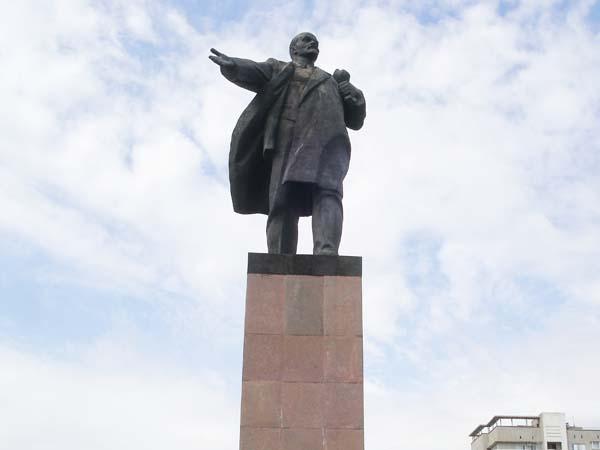 Памятник Ленину - Волжский