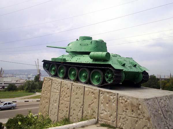 Памятник танкистам - Новороссийск