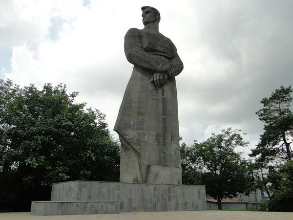 Памятник труду - Краснодар