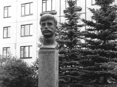 Памятник Бабушкину в Санкт-Петербурге