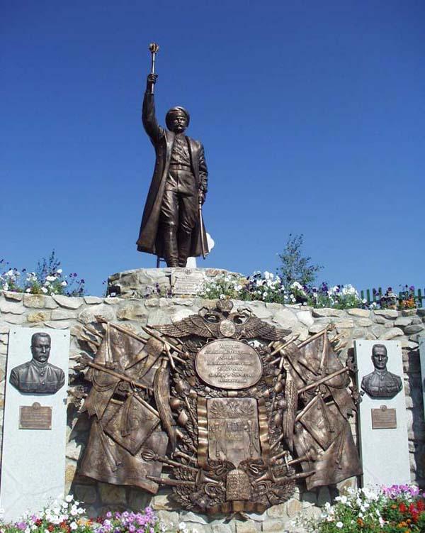 Памятник П.Н. Краснову