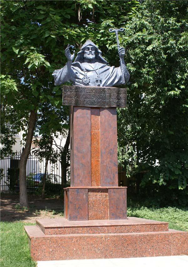 памятник Иосифу Аргутинскому в Ростове-на-Дону