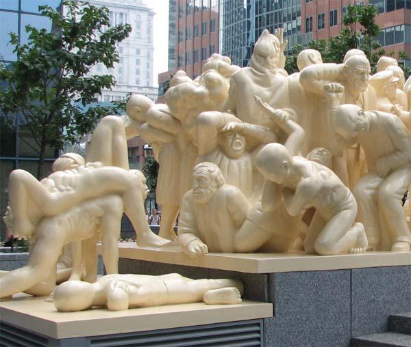 Памятник освещение толпы в Монреале