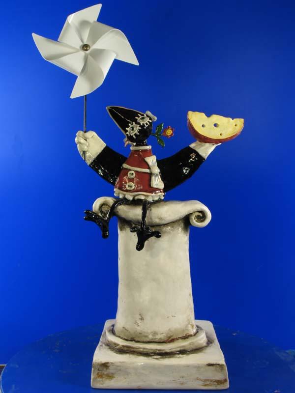 Памятник пластилиновой вороне возвращается