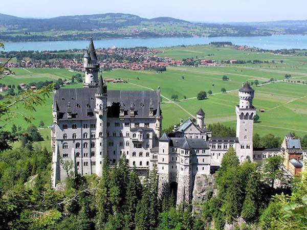 Замок Нойшванштайн - сказка Баварии