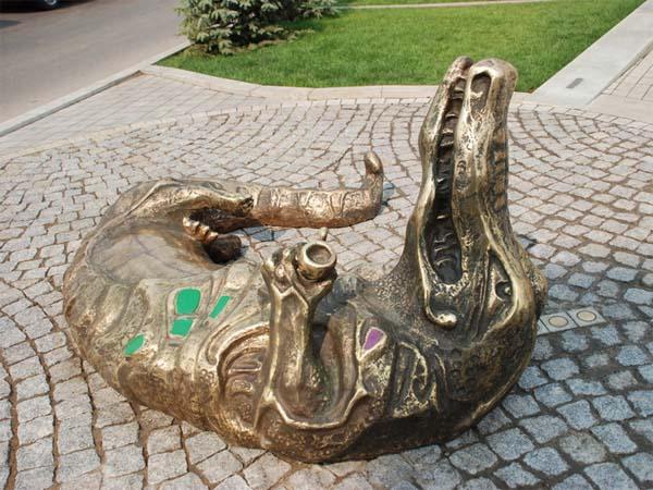 Памятник крокодилу в Самаре
