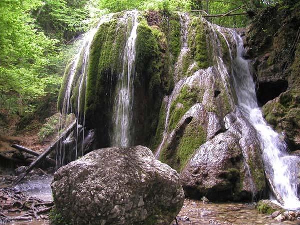 Падающая вода Ялты