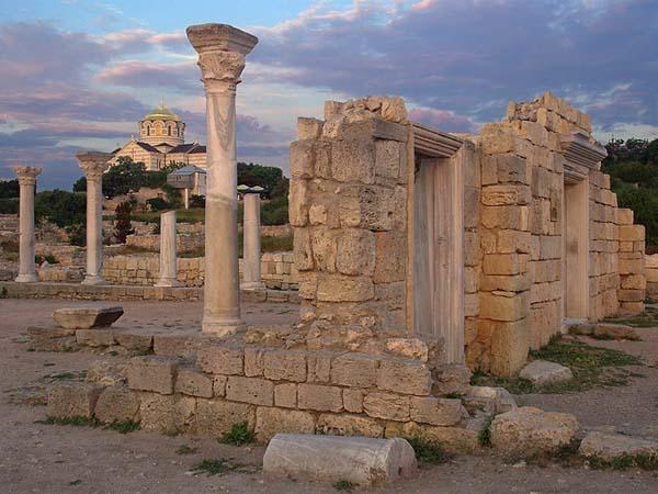 Херсонес – жемчужина древности в современном городе