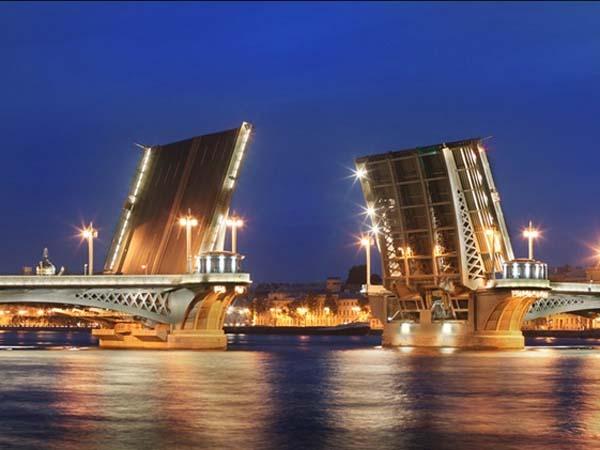 Памятники Санкт-Петербурга