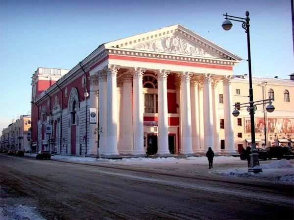 Театры Твери