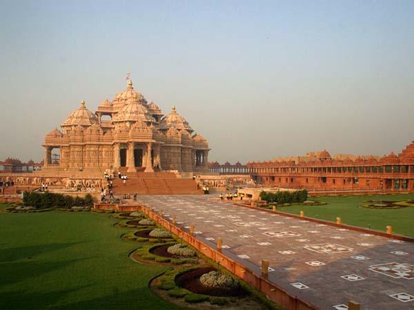 Храм Акшардхам – новый подход к религии