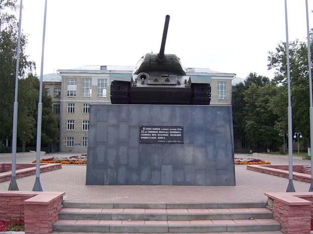 Памятники Тулы