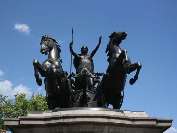 Памятник Боудикке