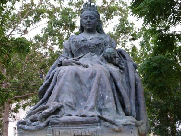 Памятник королеве Виктории.В городе Адене