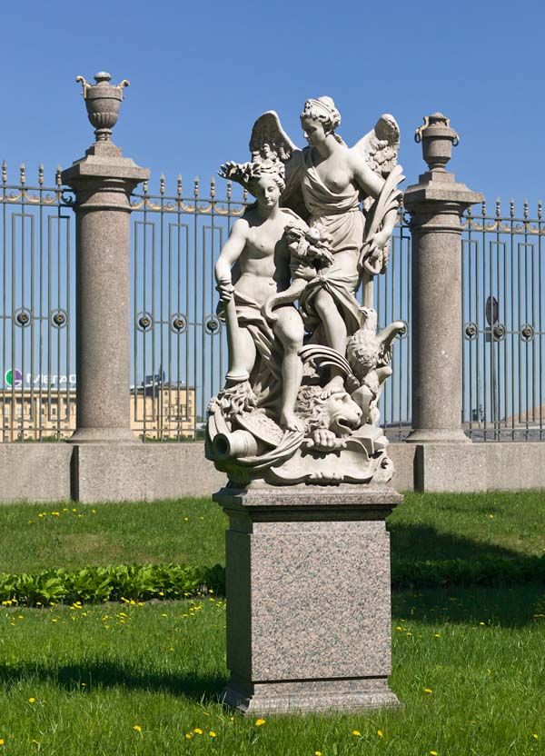 Памятники Санкт-Петербурга. Мир и изобилие в Летнем дворце Петра 1