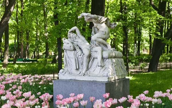 Памятники Санкт-Петербурга. Амур и Психея в Летнем саду