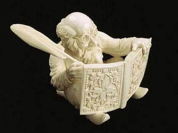 Памятники культуры. Изделие из слоновой кости