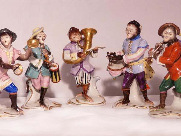 Памятники культуры. Скульптуры Кендлера. Обезьяний оркестр