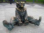 Скульптурная композиция клоуны