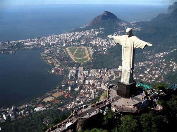 Христос-Искупитель – символ Бразилии