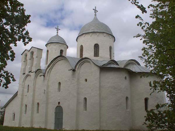 Ивановский монастырь. Достопримечательности Пскова