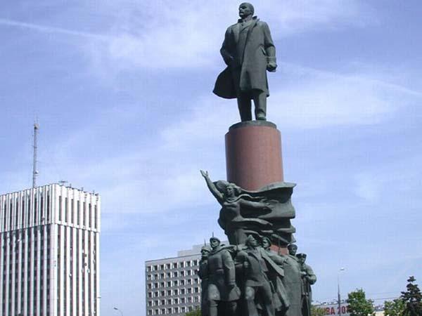 Памятники Калуги