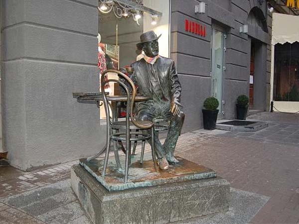 Памятник архитектору Городецкому