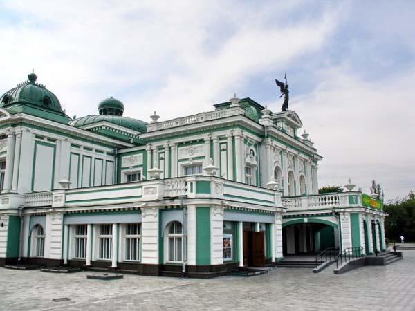 Театры России