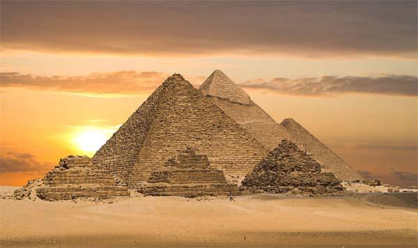 Необычные памятники мира 6