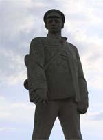 Памятник герою Д.С. Калинину в Анапе