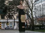 Памятник Коккинаки в Новороссийске