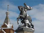 Памятник Георгию Победоносцу в Большеречье