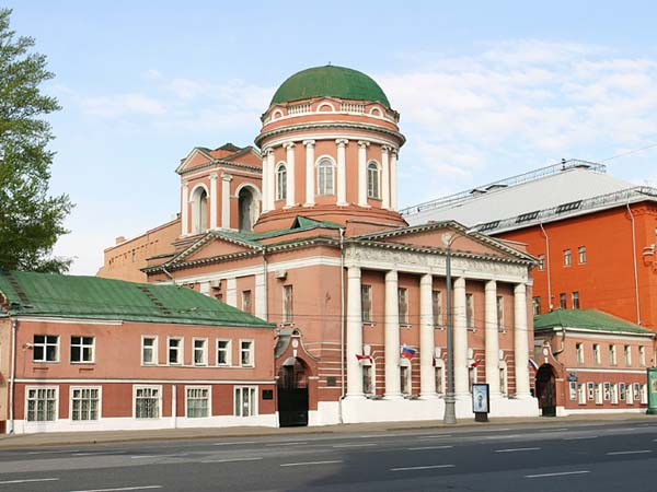 Церковь Иоанна Богослова, что под Вязом