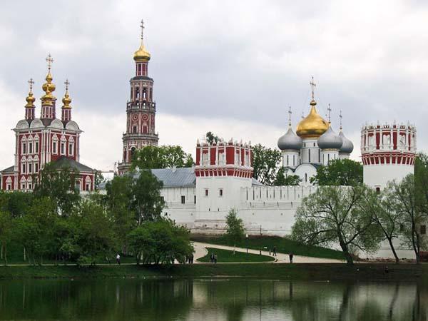 Монастыри Москвы