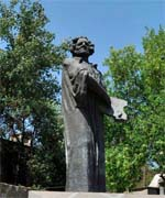 Памятник художнику (М. Сарьян)