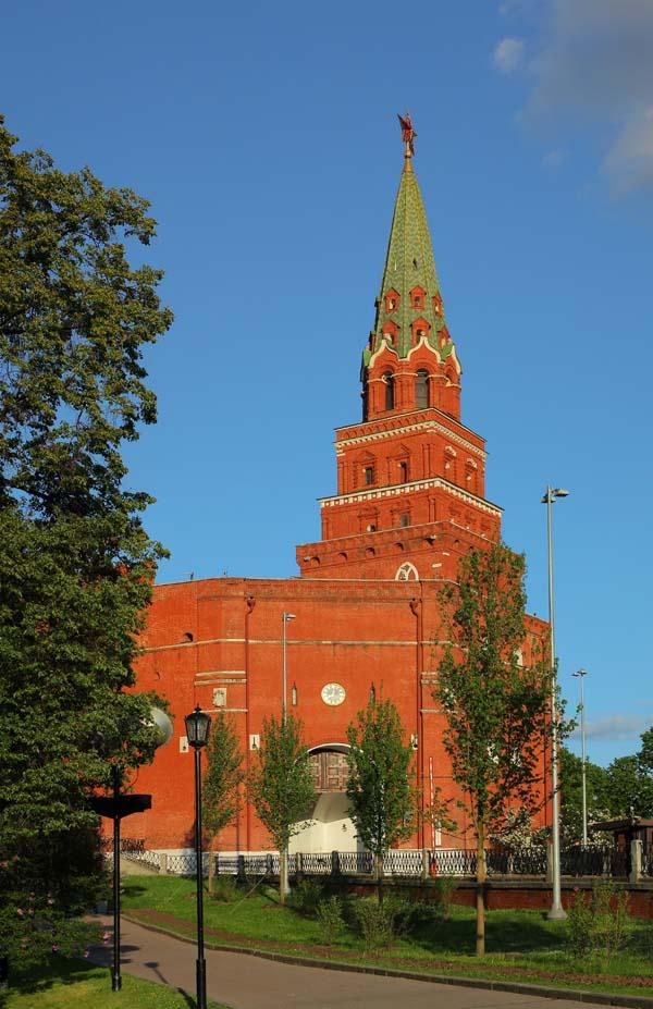 Боровицкая  или Предтеченская башня