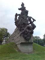Памятник погибшим в Бабьем Яру