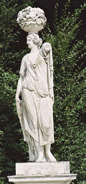 Скульптура Церера Жрица