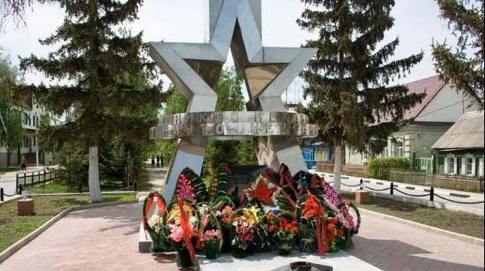 Памятники Абдулино